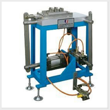 Manual Control Hole Punching Machine For Automotible and Motorcycle Battery